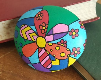 Pebble Art, Multi-coloured Flower Abstract Painting