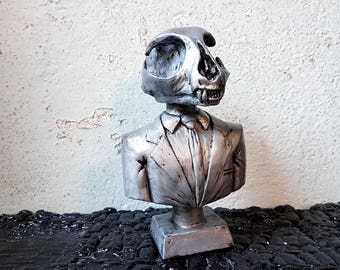 "Resin CATSKULL, ""Death of a Salescat"", sculpture, handpainted"