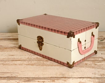 Vintage  Doll Trunk Pink Plaid