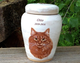 CUSTOM Cat Urn with Your Pets Image
