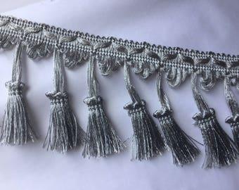 Fringe with gray tassel 9 cm in width