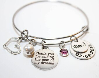 mother of the groom bracelet, personalized mother of the groom bracelet, mother of the groom initial bracelet, mother of the groom gift