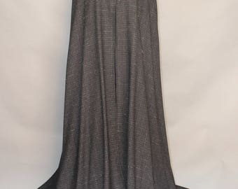Cloak; Medieval cloak; 100% wool; black fleck; 150cm; grey rabbit collar CLK#246