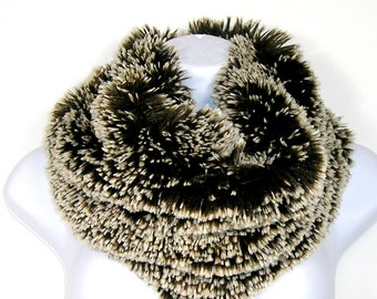Brown and White Faux Fur Scarves Brown and White Faux Fur Infinity Scarf Chunky Scarves Vegan Fur Scarves Fur Faux Fur Cowl Winter Scarves