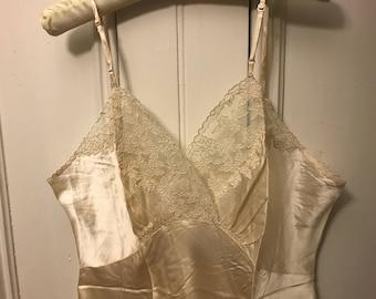 1950s MediumLarge Silk Slip
