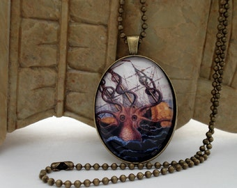 Poulpe Colossal Octopus Attacking Ship BRASS Setting Necklace Pendant KRAKEN