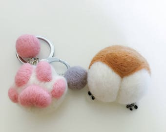 Handmade Wool Felted Dog/Cat little paw keychain