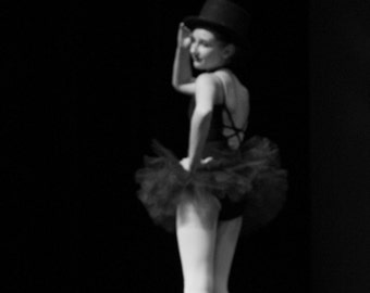 Magic 8x12 Edgy Dance Ballet Black and White