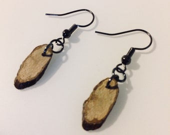 Natural oak wood earrings with gun metal hooks