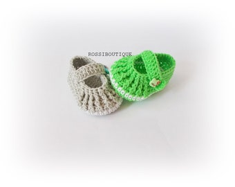 Crochet baby Mary Janes shoes Christening Blessing Booties Crochet baby boots Baby shower Newborn shoes Baby girls shoes Knit baby shoes