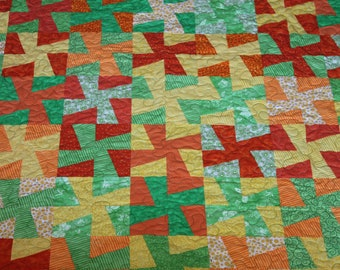 Bright and Tangy Pinwheel Throw Size Quilt in Citrus