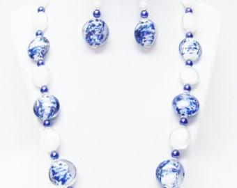 Blue Speckle/White Foil Lined Disc Glass Beaded Necklace /Bracelet & Earrings Set