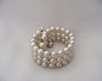 Vintage 3 Strand Faux Taupe Pearls Wire Wrap Bracelet