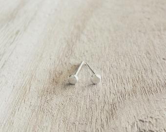 Tiny pebble studs, pebble studs, studs, earrings, stud earrings, sterling silver, silver earrings, sterling silver studs