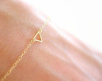 Gold Triangle Bracelet Dainty Gold Bracelet, Gold Bracelet Thin Gold Bracelet, Women Jewelry Gift, Minimalist Bracelet, Bridesmaids Bracelet