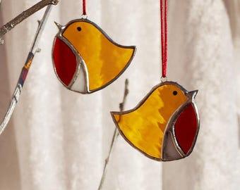 Bird lover gift, Robin, Christmas robin, bird decor, bird art, red robin, robin red breast, stained glass, glass bauble, glass robin