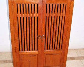 Antique Mission Arts and Crafts Style Entertainment Storage Curio Cabinet Insured safe nationwide shipping available