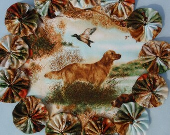 Golden Retriever Hunting Dog Scene yo yo doily-penny rug style candle mat, home decor gift