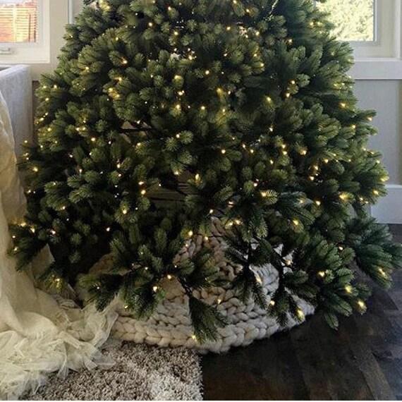 SMOOSH Tree Scarf - new! Chunky Tree Skirt / Scarf - Pure Merino Throw for Holiday Decor