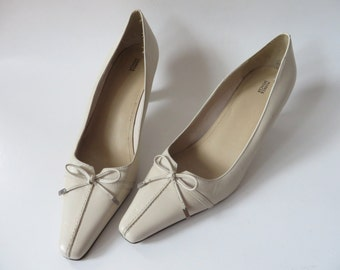 Beige Leather Shoes Pointed Toe Pumps Leather Women's Shoes Genuine Leather Shoes Tan Leather Heels Bow Party Shoes UK 5.5 / EUR 39 / US 8