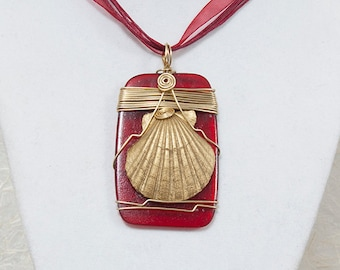 Red Beach Pendant Necklace