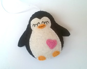 Felt penguin ornament GIFT FOR GRADUATION - handmande felt ornaments - Christmas/Housewarming home decor - Baby shower - eco friendly