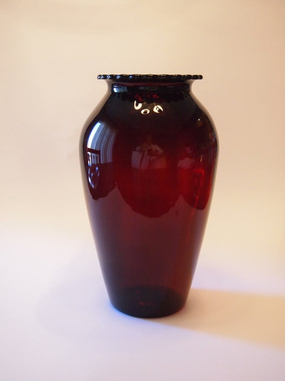 1930s Ruby Red Vase By Anchor Hocking