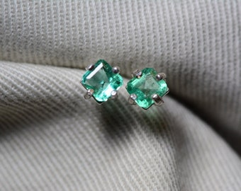 Emerald Earrings, Colombian Emerald Stud Earrings 0.63 Carats, Appraised at 550.00 Sterling Silver,Real Natural Green, May Birthstone, Cut