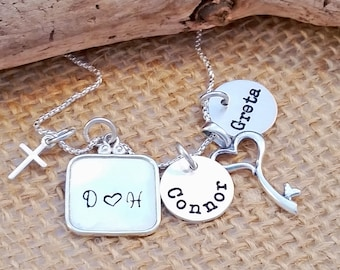 Mom Necklace - Family necklace - Mother's Day Gift - Personalized Mommy Necklace - Sterling silver