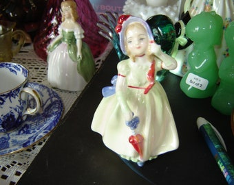 Royal Doulton England Babie figurine