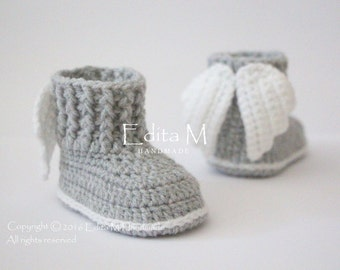 Crochet baby booties, unisex baby shoes, boots, angel wings, 0-3, 3-6, 6-9 months, white,gray, grey, photo prop, gift idea, baby shower gift