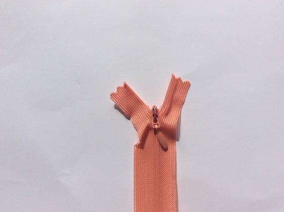 "Invisible, conealed nylon coil zipper, 56cm (22""), salmon pink"