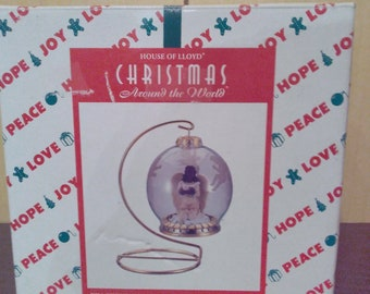 Vintage House Of Lloyd Christmas Around The World - Peaceful Flight Ornament With Stand