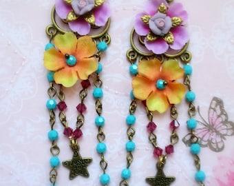 Longues boucles romantiques shabby bohême rose fushia et turquoise