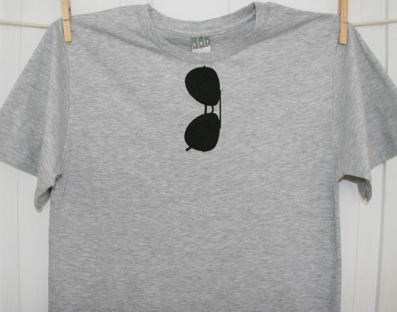 THE ORIGINAL Aviator Sunglasses Mens T Shirt in Heather Grey