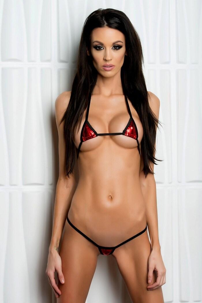 Latina public nudity