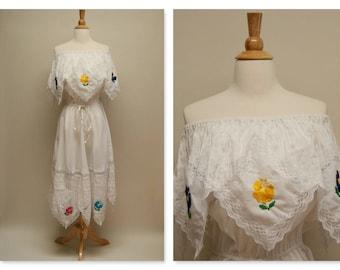 Vintage 70's Embroidered Mexican Dress 1970s Boho Handkerchief Dress Boho Wedding Dress White Midi Ethnic Cotton Bridesmaid Dress Festival
