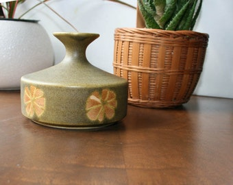 OMC, Weed Pot Vase,  Otagiri Mercantile Company, Made in Japan, Green Decor, Floral Bud Vase