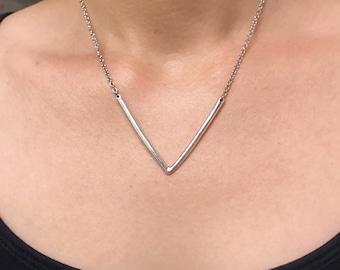 Silver arrow necklace necklace