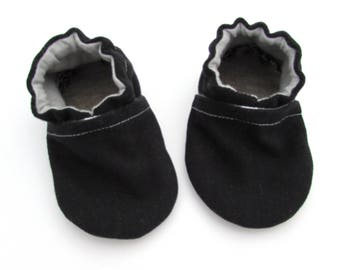 Black Brushed Denim Baby Shoes // Cotton Baby Booties, Vegan Baby Shoes, Baby Moccs, House Slippers, Infant Shoes, Toddler Boy Shoes