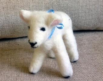needle felted Shetland wool lamb