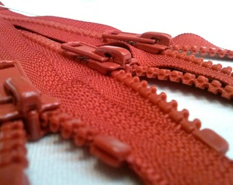 5 Molded Plastic Zippers 6 Inches 5mm Closed Bottom Color 059 Red - (5 zippers)