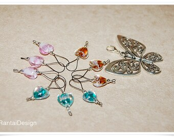 Stitch markers for knitting with glass hearts