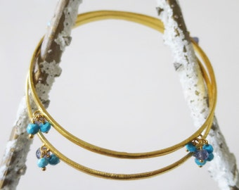 Bracelets with turquoise and iolite stones