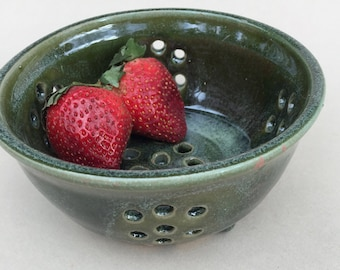 handmade green berry bowl-ceramic bowl-pottery-colander- with drip plate ,ready to ship BB2