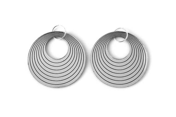 Statement hoop earrings - concentric - silver mirror - big earrings - graphic jewelry - minimalist jewellery - designer - lasercut acrylic