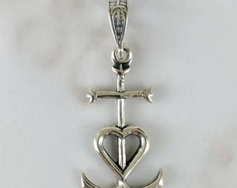 Cross - Camargue Cross Sterling Silver - 14x26mm