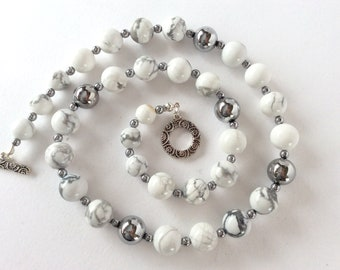 White Howlite with Silver Beaded Necklace