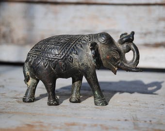 Elephant Bronze Asian or front orient-about 300 grams-very pretty handmade