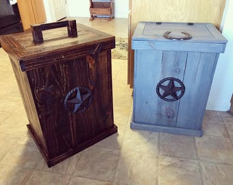 Rustic midwestern style waste storage bin